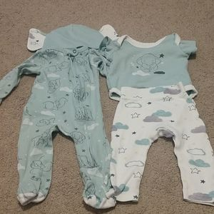 0-3 month Dumbo outfits